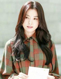 Korean Actresses, Korean Actors, Korean Beauty, Asian Beauty, Han Hyo Joo Lee Jong Suk, Bh Entertainment, Korean Drama Stars, Song Hye Kyo, Asian Celebrities