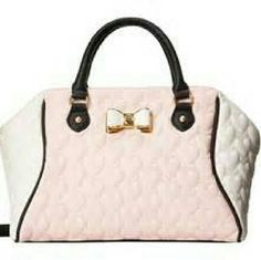 """⏬😨FINAL DROP! Betsey Johnson Be my bow large satchel Blush pink and white satchel Heart quilted faux leather Rolled top handles with 4"""" drop Detachable shoulder strap with 24"""" drop Zip top closure 9.5""""H x 13.5""""W x 6""""D Betsey Johnson Bags Satchels"""
