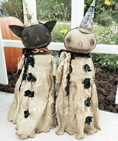 Retro Halloween, Halloween Doll, Halloween Christmas, Halloween Crafts, Halloween Decorations, Halloween Gourds, Halloween Sewing, Halloween 2017, Halloween Stuff