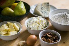 Hrušky si se sýry s modrou plísní a ořechy  skvěle rozumí; Jakub Jurdič Potato Salad, Eggs, Potatoes, Breakfast, Ethnic Recipes, Food, Morning Coffee, Potato, Essen