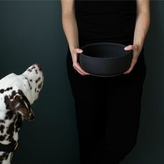 """NEW Ole hyvä ceramic dog bowl's design is clean and Nordic. The harmonious color palette is inspired by nature –  Midnight -matt black Feather – white Mist – greyblue Blossom – soft pink Size Large 21 cm diameter / 8,5 cm high (8,27"""" × 3,35"""") volume 1,6 l   Handmade in Finland Please allow 1-2weeks for delivery."""