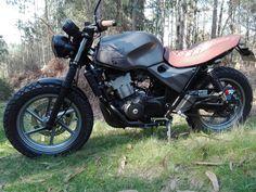 Honda CB500..by Miguel Street Scrambler, Scrambler Motorcycle, Motorcycle Gear, Bobber, Cb 500 Cafe Racer, Cafe Racer Honda, Motos Retro, Honda Cb 500, Moto Cafe