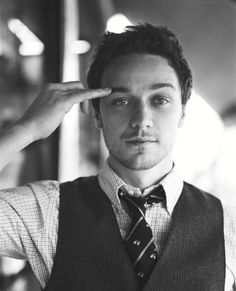 James McAvoy, so handsome, reminds me of the old hollywood icons I adore so much.