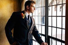 Through the ... glass Shot by Emmanuel Abreu for @5thavedigital  #eabreuweddings  #portraits #portrait #eabreuportraits #groom