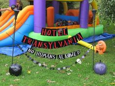 I just watched the Hotel Transylvania 2 recently and I must say, it& as awesome as the first movie. It& double the fun since Mavis and Jonathan already have their little vampy (vampire) baby named Dennis. The plot of the& Monster Birthday Parties, First Birthday Parties, Birthday Party Decorations, First Birthdays, Party Themes, Party Ideas, Birthday Ideas, Birthday Banners, 7th Birthday