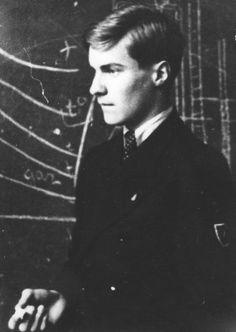 "Tadeusz Zawadzki ""Zośka"".(24.01.21 - 20.08.43) Member of the underground scout organization Szare Szeregi and famousleader of o..."