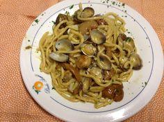 Strozzapreti con funghi porcini e vongole ... un primo piatto buonissimo!