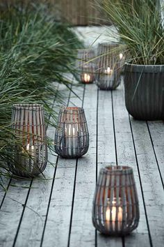 Here are outdoor lighting ideas for your yard to help you create the perfect nighttime entertaining space. outdoor lighting ideas, backyard lighting ideas, frontyard lighting ideas, diy lighting ideas, best for your garden and home Garden Lanterns, Ideas Lanterns, Garden Candles, Outdoor Lighting, Outdoor Decor, Lighting Ideas, Backyard Lighting, Exterior Lighting, Lighting Design