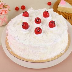 Vanilla Fun 1 kg ( Buy Cakes Online Delhi ) Order Birthday Cake Online, Send Birthday Cake, Birthday Cake Delivery, Order Cakes Online, Special Birthday Cakes, Birthday Gifts, Happy Birthday, Types Of Desserts, Types Of Cakes