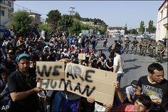 Veel mensen uit Europa hebben een slecht beeld van de vluchtelingen, en hebben niet door wat deze mensen allemaal hebben meegemaakt.