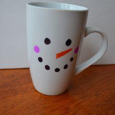 DIY Snowman Mugs: Dollar Store mug and Sharpies Homemade Christmas Gifts, Christmas Mugs, Christmas Ideas, Holiday Ideas, Office Christmas, Christmas Presents, Holiday Fun, Christmas Decorations, Easter Crafts For Kids