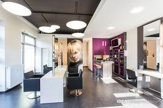 Traditionelles Handwerk im urbanen Outfit. www.idea-firseureinrichtung.de #hair #beauty #salon #furniture #design #idea #friseureinrichtung #friseur #Einrichtung #wellness #luxury #hairdresser #chair #mirror #paciello #sexyhair #sexy #bar