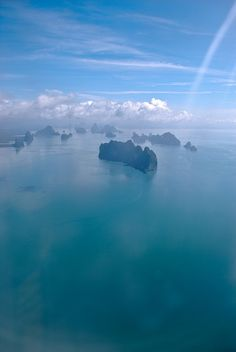 Phuket, Thailand! View from an airplane....I wish that I was on a fast boat heading there right now!