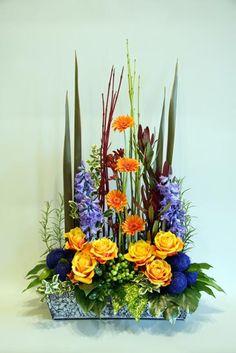 FLOWER ARRANGING BY CHRISSIE HARTEN - DESIGN 371