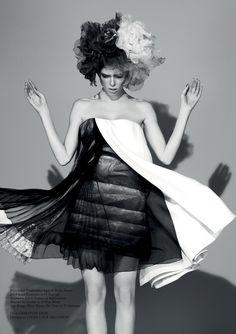 Coco+Rocha+by+Jason+Hetherington+%28Beneath+The+Make-up+-+Glass+%2313+Spring+2013%29+2.jpg (1129×1600)