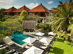 Santrian Club at Puri Santrian, Sanur, Bali. This was our location during several times we spent in this hotel! Sanur Bali, Ubud, Bali Honeymoon, Outdoor Pool, Outdoor Decor, Dubai City, Resort Villa, Beach Holiday, Days Out