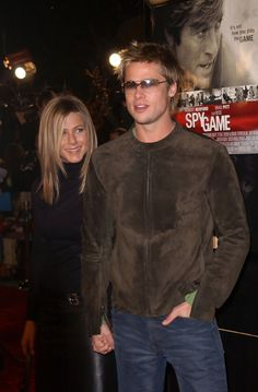 "Jennifer Aniston and Brad Pitt - Premiere of ""Spy Game"""