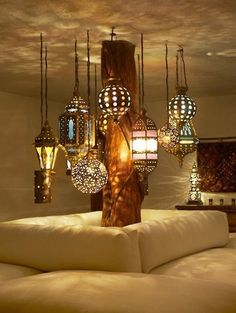 lovely hanging lanterns. I want these throughout the whole house!