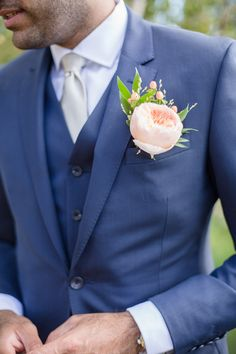 Wedding Suits Wedding Ideas By Colour: Navy and Blush Wedding Theme - Groom style Blush Wedding Theme, Blush Pink Weddings, Wedding Groom, Wedding Men, Wedding Attire, Trendy Wedding, Wedding Colors, Mens Wedding Suits Navy, Wedding Bouquets
