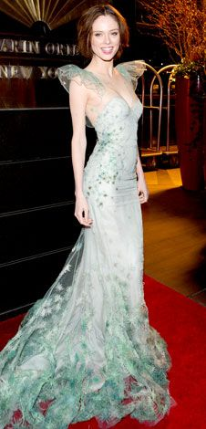 Coco Rocha: absolutely breathtaking in this embroidered Zac Posen mermaid gown!