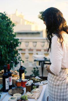 Iciar J Carrasco Fresco, Woman Wine, Summer Feeling, Summer Sun, In Vino Veritas, Godly Woman, Photoshoot Inspiration, Perfect Food, Simple Pleasures