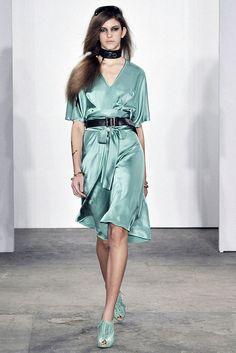 Costello Tagliapietra Spring 2009 Ready-to-Wear Fashion Show - Flo Gennaro