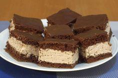V jednoduchosti je krása a samozřejmě i chuť. Rychlé čokoládové kostky zvládne i začínající pekařka. Dobrou chuť!