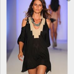 Crystal Jin Dakota Poncho Tunic Beautiful tunic type dress featured in the runway. Worn once. No signs of tear or stains. SOLD AS IS 🐾 Crystal Jin Tops Tunics