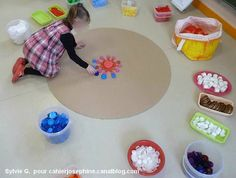 will avoid the mandala idea but love the riverstones in tubs as an oversized floor version of invitation to play Yoga For Kids, Art For Kids, Crafts For Kids, Reggio Emilia, Art Montessori, Montessori Elementary, Play Based Learning, Collaborative Art, Preschool Art