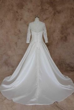 Style #BR830-back Plus Size Wedding Gowns, Evening Dresses Plus Size, Wedding Dresses, Elegant Bride, Lace Sleeves, Vintage Inspired, Inspiration, Style, Fashion