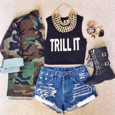 t-shirt jacket dress jewels gold gold chain shorts shoes camo jacket tank top shirt black trill it camouflage combat boots gold chains trill army long sleeve jacket denim shorts black boots blouse graphic tee gold jewelry High waisted shorts