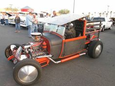 2014-2-20 Freddie's Cruise-in Wendal's Supercharged flathead T bucket (88 pieces)