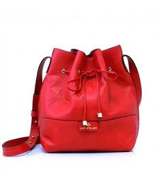 Bolsa Bucket Mini Vermelha, R$299 na loja online Adô - www.adoatelier.com
