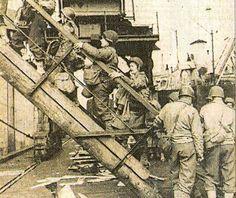 US Army Nurses Boarding Ship   History Grand Rapids