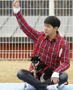 Jipsabu Master of the House Lee Seung Gi and Perro #leeseunggi #perro @leeseunggi.official #이승기