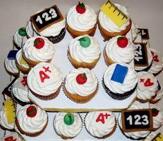 Teacher Appreciation Week (Maybe cupcakes from the PTA? Teacher Luncheon Ideas, Teacher Party, Your Teacher, Teacher Gifts, Teacher Stuff, Teacher Cupcakes, School Cupcakes, Back To School Party, School Parties