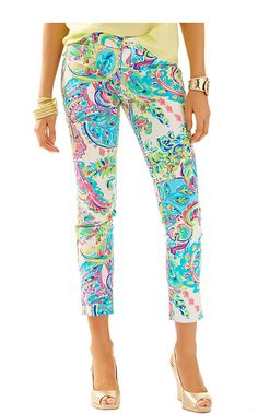 Printed pants are IN. Lilly Pulitzer Kelly Ankle Length Skinny Pant in Toucan Play