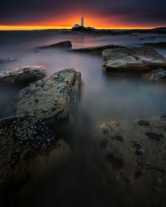 28 Breathtaking Photos Of Lighthouses Around The World.