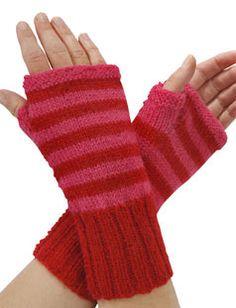 Strik til dig Archives - Side 7 af 10 - susanne-gustafsson. Mitten Gloves, Knit Patterns, Fingerless Gloves, Arm Warmers, Cowl, Knitted Hats, God Mad, Needlework, Knitting