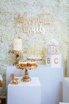 Dessert Spread from a White and Gold Baby Shower on Kara's Party Ideas Baby Shower Chic, Baby Shower Elegante, Fancy Baby Shower, Elegant Baby Shower, Shower Bebe, Beautiful Baby Shower, Gold Baby Showers, Gender Neutral Baby Shower, Baby Shower Cakes