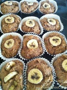 Toddler Banana, flaxseed and whole wheat muffins