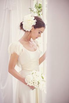 Wedding flowers in Wedding hair  ... Wedding ideas for brides, grooms, parents & planners ... https://itunes.apple.com/us/app/the-gold-wedding-planner/id498112599?ls=1=8 … plus how to organise an entire wedding ♥ The Gold Wedding Planner iPhone App ♥