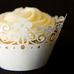 Win a Silhouette Digital Cutting Tool Worth $300!!   Cupcake Project