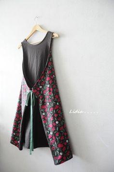 치명적인 화려함 4가지 앞치마.....네스홈 레트로 로즈 더솝린넨 : 네이버 블로그 Couture, Apron, Cloths, Dresses, Fashion, Aprons, Clothing, Kitchens, Drop Cloths