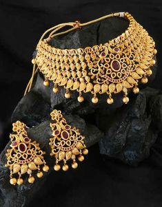 Jewellery Online: Best Women's Designer Jewelry Online Shopping Store Nose Ring Jewelry, Jewelry Design Earrings, Hand Jewelry, Girls Jewelry, Diamond Jewelry, Gold Bangles Design, Gold Jewellery Design, Bridal Necklace Set, Wedding Jewelry