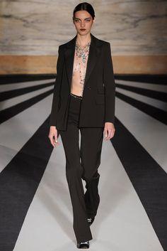 Matthew Williamson Fall 2014 Ready-to-Wear Fashion Show - Magda Laguinge
