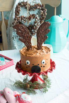 Hoy decoramos una tarta en su interior con una fabulosa tarta reno. Feliz Navidad a todos!