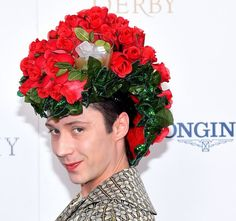 Johnny Weir, Mint Julep hat at the Kentucky Derby. Michael Loccisano/Getty Images for Churchill Downs Johnny Weir, Churchill Downs, Crazy Hats, Kentucky Derby Hats, Derby Party, Face Design, Flower Fashion, Hollywood Stars, Hats For Women