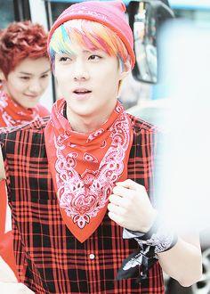 Sehun's rainbow hair