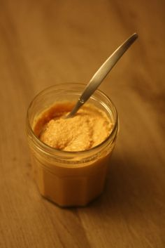 Le beurre de cacahuètes, c'est super simple et économique à faire maison !